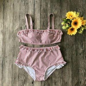 Pin up girl bikini red and white striped bikini 👙